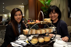 last but not least, afternoon tea with Reina '15 and Michelle '15 (taking picture)